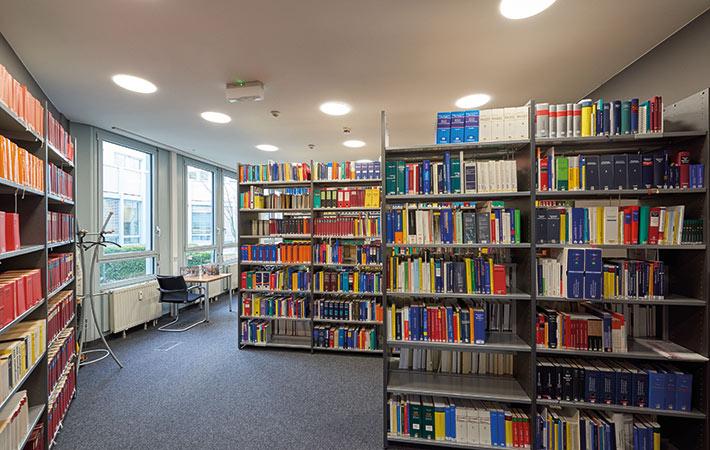 Fachliteratur-Service Neuzugänge Heft 06/18