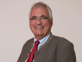 Prof. Dr. Hartmut Schwab