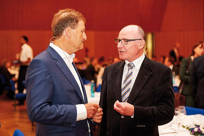 Manfred F. Klar (r.) und Arnold Weissman.