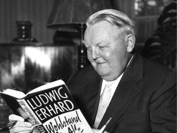 Gilt als Personifikation der Aufbruchstimmung in den 1950ern: Ludwig Erhard.